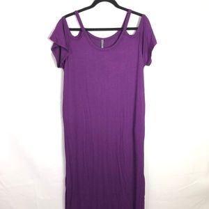 Rags and Couture Dresses - Rags&Conture Med Purple PeakAboo sleeve side slit